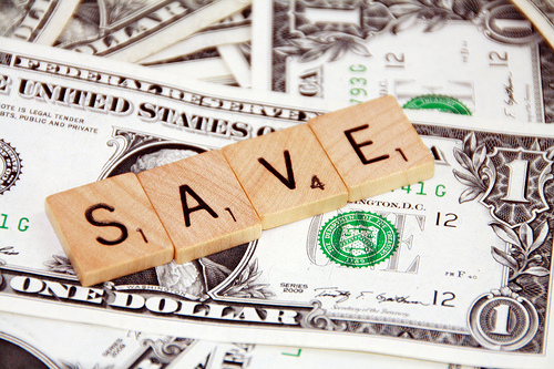 How to Save Money in College and be Financially Responsible